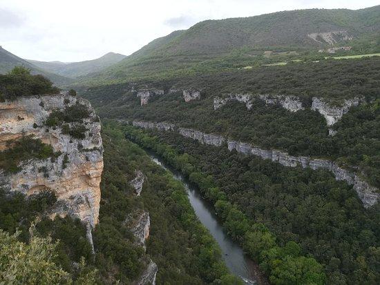 Pesquera de Ebro照片
