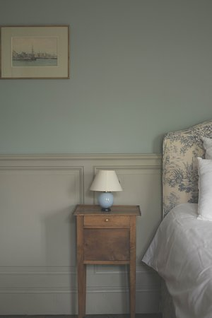 The Lipa Bleue bedroom