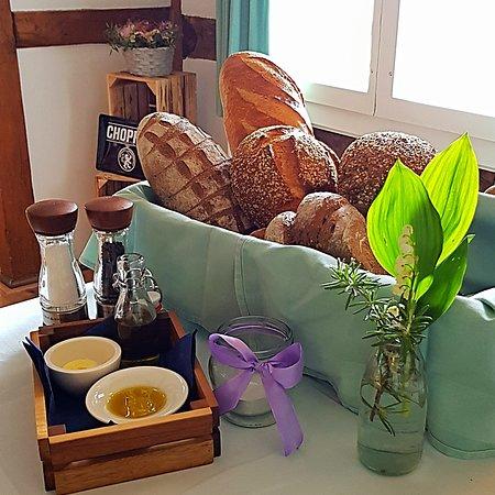 frisches Brot vom Kübler in Allschwil