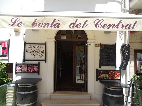 Le Bontà Del Central: Kort tegen de kathedraal
