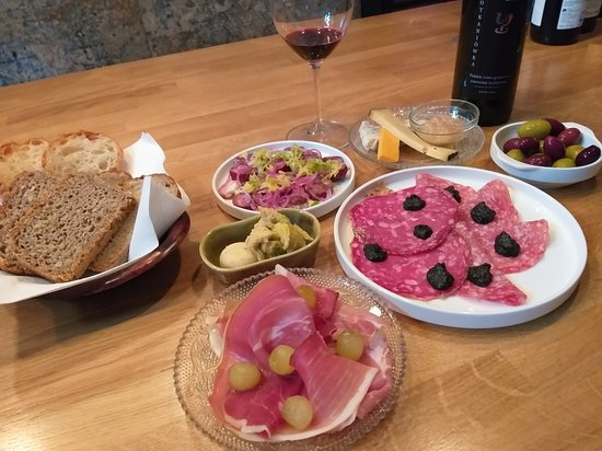 Wine Bar Probiernia
