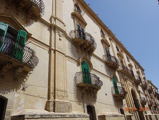 Palazzo Astuto