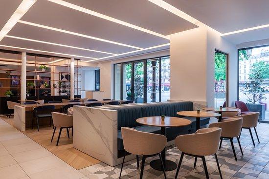 New Bar & Workspace plaza