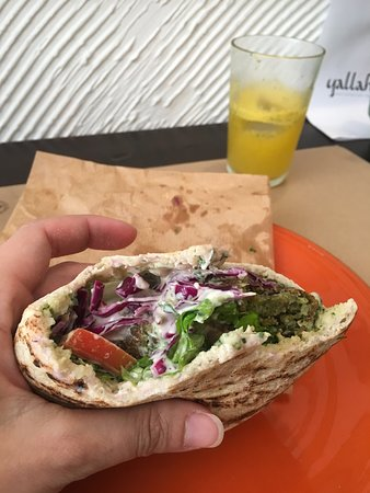 Yallah Lisboa: Pita Falafel (Secret recipe orange juice in the background).
