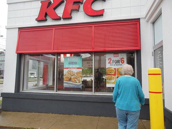 KFC: THE RESTAURANT
