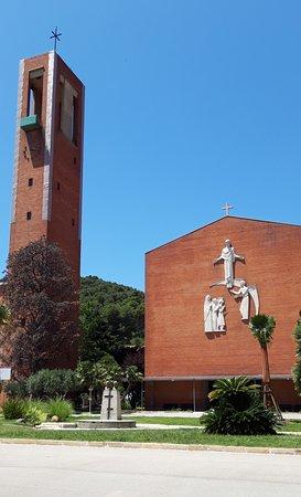 Església de les Llars Mundet