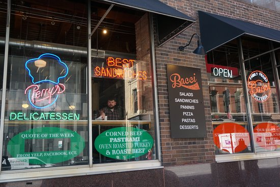 Bacci Pizzeria II:  A family-run, Chicago-style pizza restaurant in Chicago's Central Loop