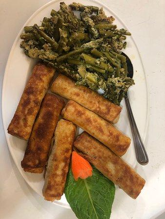 Lara Restaurant: asparagus and pancake