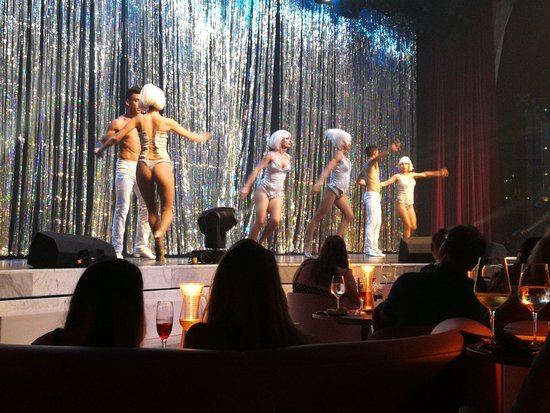 TRS Coral Hotel: Chic Cabaret.