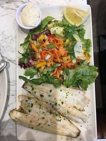 Quinlan's Seafood Bar: Sea bass and salad