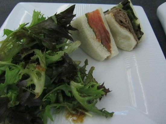 "Japan Airlines (JAL): Sandwiches from ""Anytime You Wish"" menu (Business Class)"