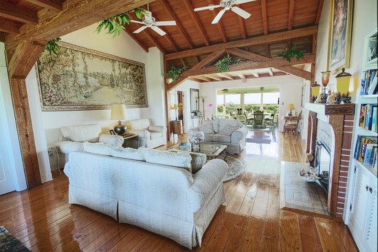 Beachfront Bed & Breakfast: Lobby