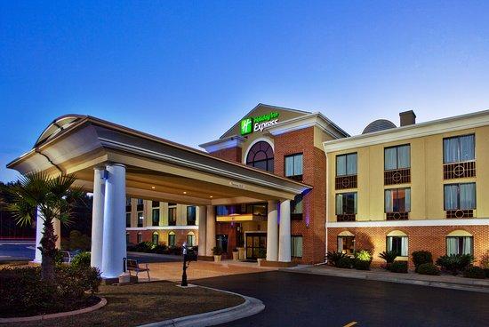 Holiday Inn Express Hinesville 83 ̶1̶1̶1̶ Updated