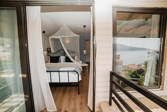 Romantic roof room