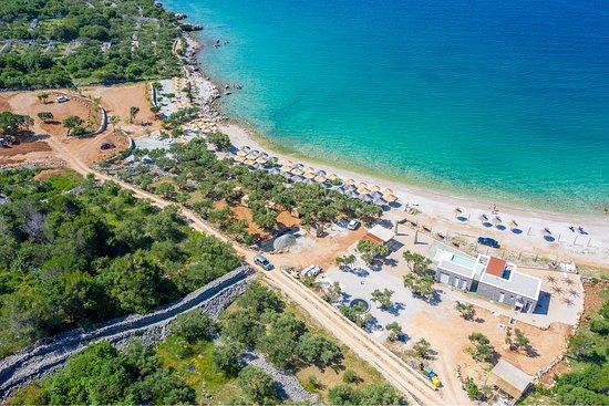 Punat, Croatia: Beach Medane - spend a relaxing day at the sandy beach