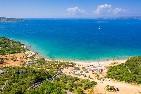 Punat, Croatia: Beach Medane - great place to relax on the beach