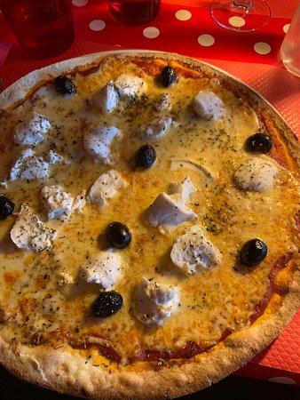 Excellente pizza au Feux de bois et dessert maison île flottante miam