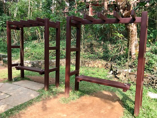 Club Mahindra Madikeri, Coorg: Swings