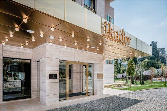 Ikador Luxury Boutique Hotel & Spa: The entrance of hotel Ikador