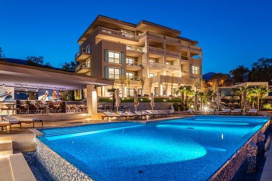 Ikador Luxury Boutique Hotel & Spa: Night view
