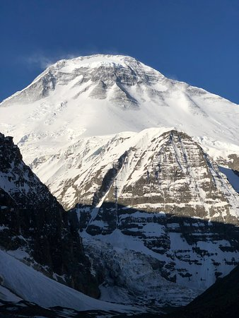 Nepal Dream Path: Dhaulagiri 1 North face (on the way to French col)