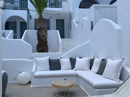 Lovely Hotel - Paros is beautiful!