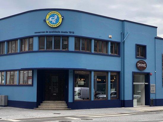 Inserida dentro da CPN - Conservas Portugal Norte, uma das mais antigas fábrica de conservas de Pescado.