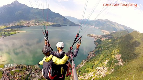 ‪‪Gera Lario‬, إيطاليا: paragliding panorama view !‬