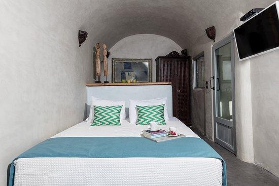 Syros room at Ducato Di Oia