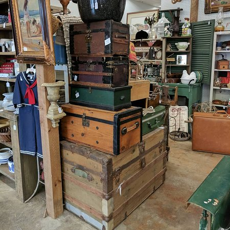 Travel trunks and suitcase