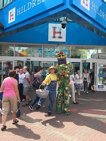 Hildreds Shopping Centre