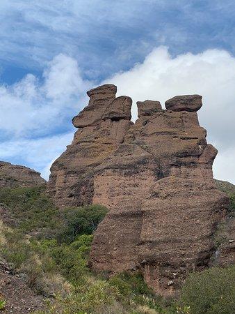 Un paseo por la prehistoria solo faltan dinosaurios