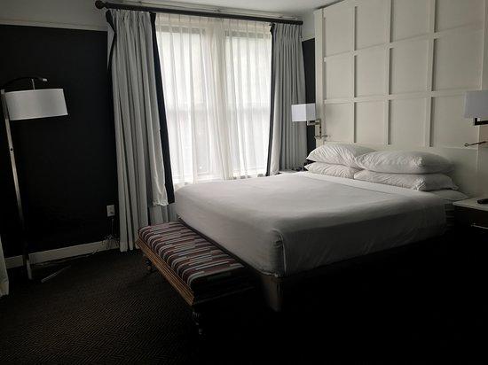 The Commonwealth: Bedroom 7th floor corner