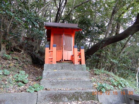 Katsurahama Inari Shrine