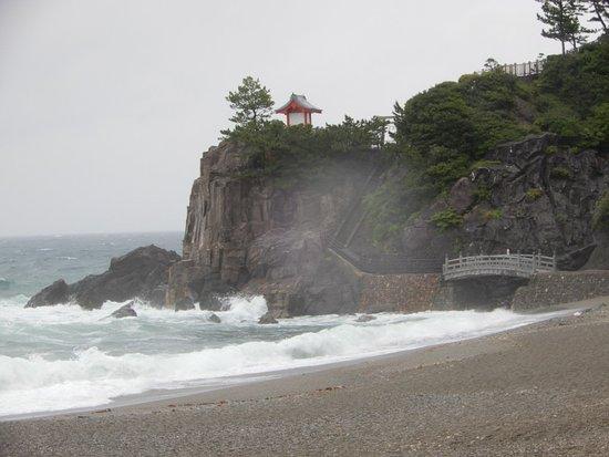 狂風暴雨的桂濱