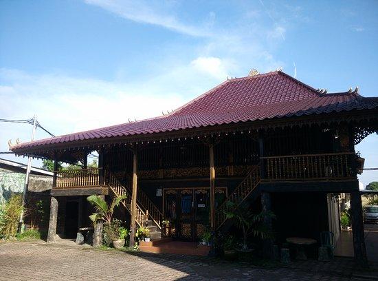 Rumah Limas Aziz