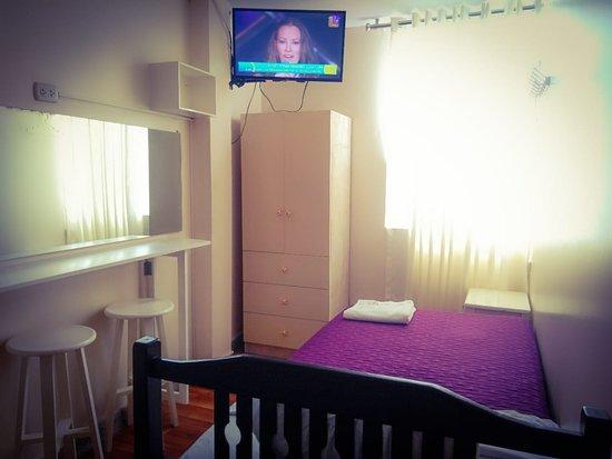 Nuevo Chimbote District, بيرو: Habitaciones con: WIFI-TV PLASMA CON CABLE- BAÑO PRIVADO+AGUA CALIENTE