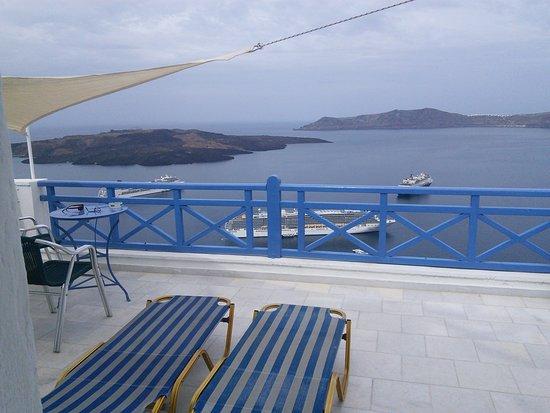 Balcony - Scirocco Apartments Photo