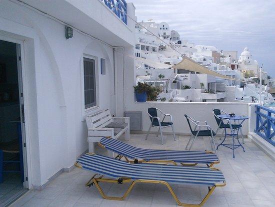 Scirocco Apartments Photo