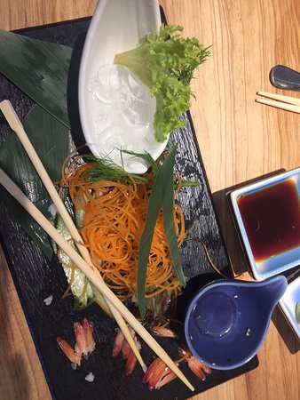 I love asian food .. so while shopping me and my friend spotted this spotless restaurant to eat .. as we did the right choice .. we went two times for lunch there .. the service is amazing and the food is glorious.. thanks for being there hope to visit you soon
