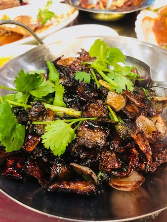 Sungai Buloh, Malasia: salted fish pork belly pot