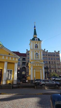 Temple of the Holy Prince Alexander Nevskiy: Campanile