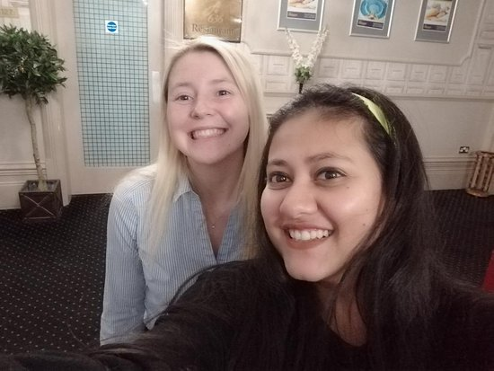 Parkmore Hotel: All smiles