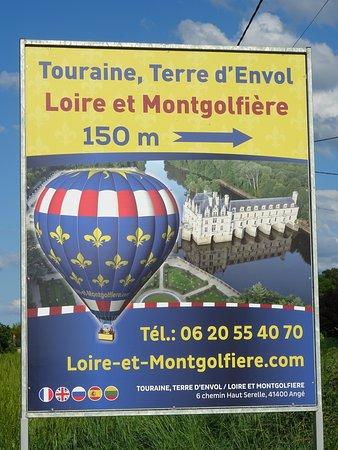 TOURAINE TERRE D'ENVOL® LOIRE ET MONTGOLFIERE: l'affiche