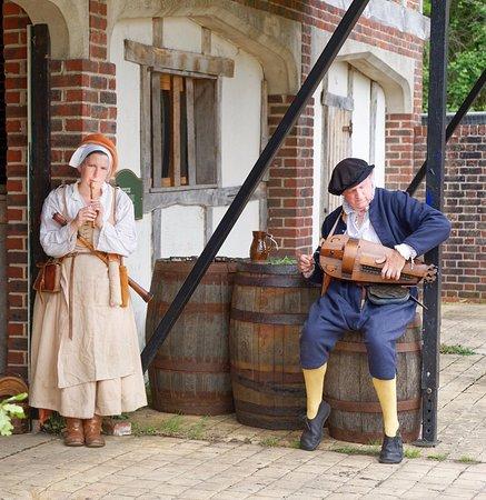 Kentwell Hall Tudor Midsummer Event June 2019