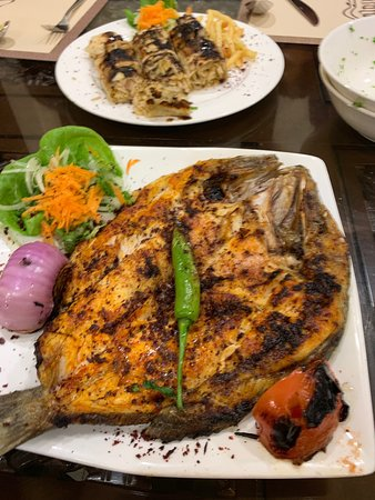 Samad Al Iraqi Restaurant: Discover by chance while barbecue chicken closed