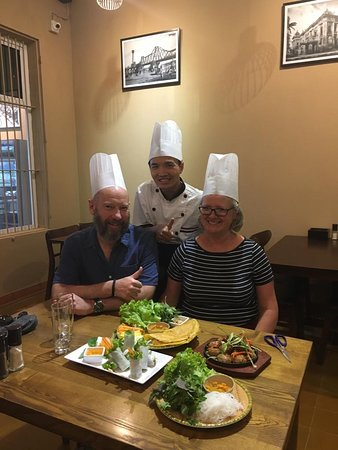 Tung's Kitchen: Cooking class