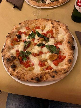 A tutta pizza รูปภาพ