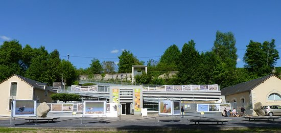 Devanture du Pavillon du Milieu de Loire