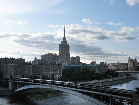 Smolenskiy Metromost